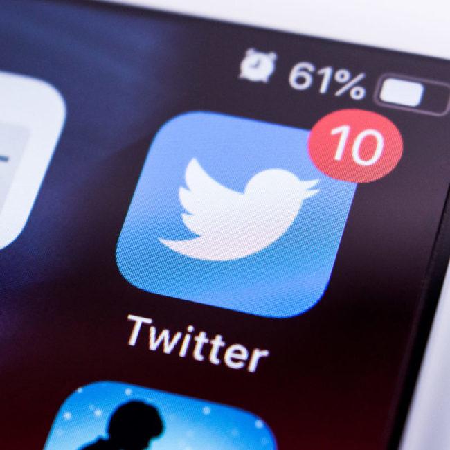 Screenshot with twitter app